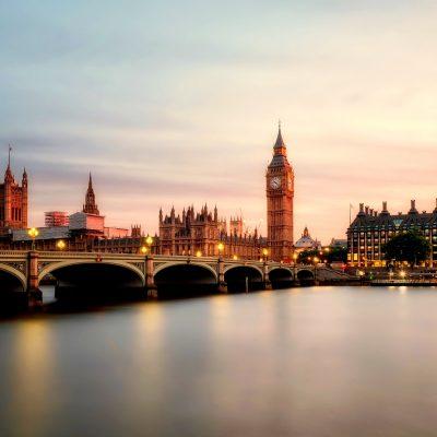 How To Make The Application Under Visa Waiver Program UK?